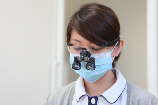 拡大鏡使用による低浸襲な治療